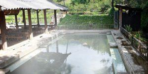 Tour du lịch khám phá Tây Bắc 4 ngày 3 đêm đưa bạn tới với những điểm du lịch nổi tiếng như:   Cao Nguyên Mộc Châu.  Tắm khoáng nóng Ngọc Chiến.  Ghé thăm Sapa quyến rũ.  Liên hệ 0948.895.836 - 024.3227.2555 để biết thêm chi tiết.