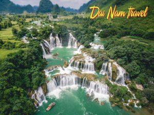 Điểm đến:Hà Nội - Hà Giang - Cao Bằng - Bắc Kan  Phương tiện:Ô TÔ  Thời gian:5 ngày 4 đêm  Giá từ:4.820.000(VNĐ)